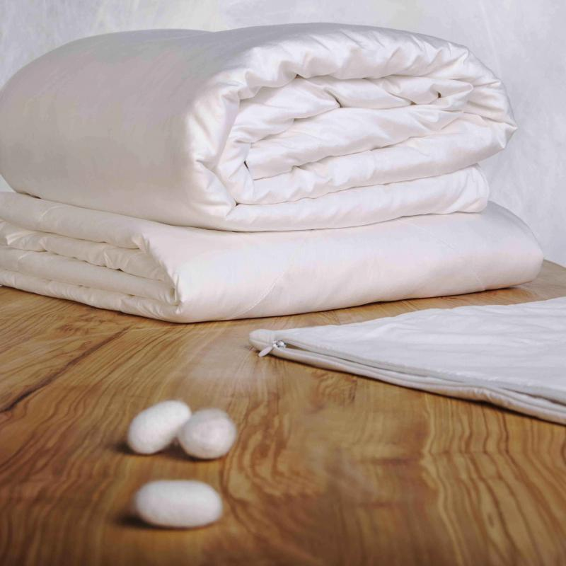Silk Duvet All Year  Warmth 2